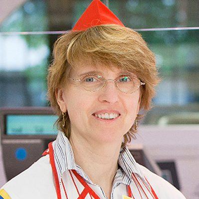 Cornelia Henze