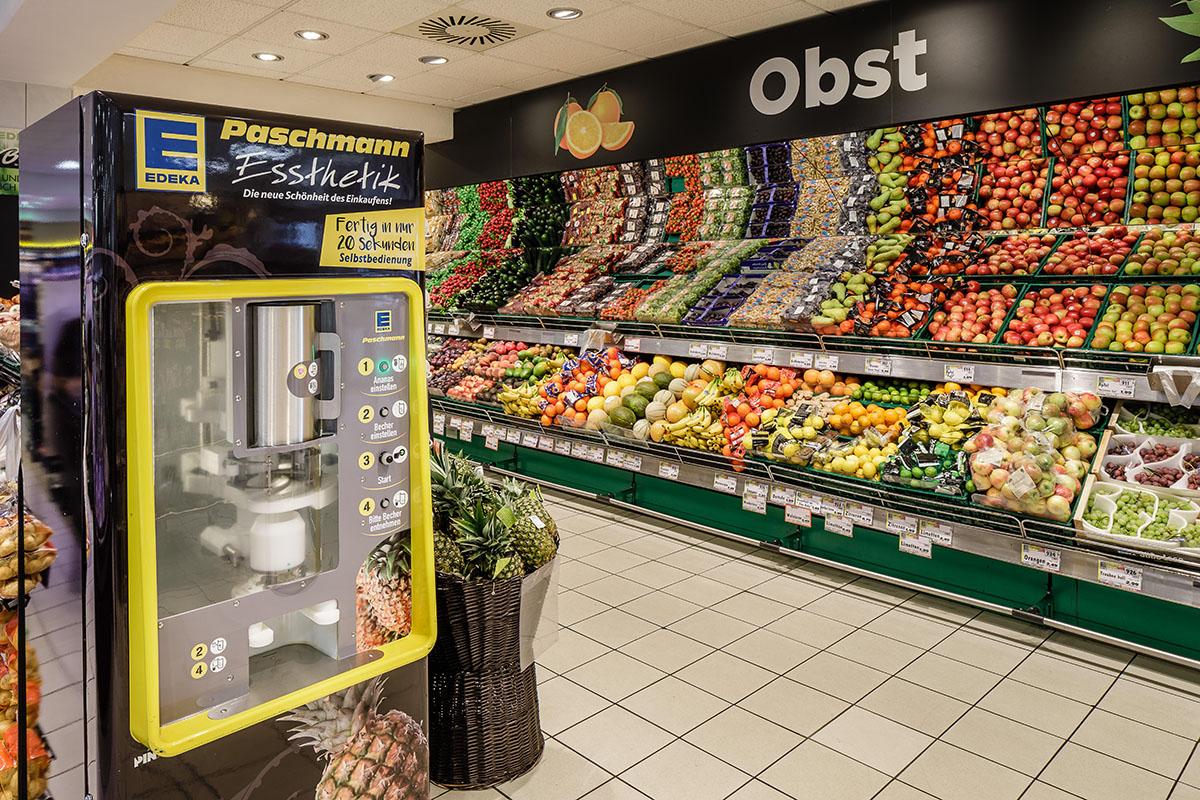 Aachener Straße – Obst & Gemüse Ananas-Schneidemaschine